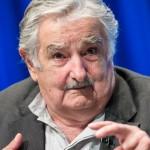 """Mujica aclara que no se reunió con Soros y que Comisión """"No a la baja""""  no integró la delegación"""