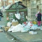 Intendencia realiza denuncias ante la Justicia penal por arrojar residuos fuera de contenedores que no están llenos