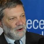 Mujica es optimista en que ministro Kreimerman continuará al frente de Industria. El lunes se define la situación.