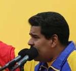 """Maduro repudia injerencia """"grosera, insolente"""" de EEUU en diálogo de paz con la oposición"""