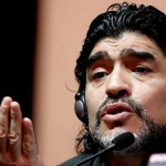 """Maradona denuncia corrupción en la FIFA: """"Hay mucho sobornos"""""""