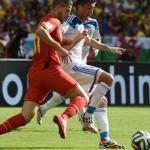 Bélgica venció sobre el final 1-0 a Rusia y se clasificó para octavos de final