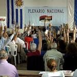 Plenario del Frente Amplio se adelanta una semana para definir fórmula presidencial. Sendic recibe respaldo de Vázquez