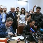 Entregan cajas negras del avión derribado en Ucrania que revelarían culpables