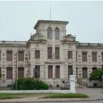 """Se presenta el libro """"El edificio de la Facultad de Agronomía, testigo centenario de una historia"""" y se reinaugura Anfiteatro de la Facultad"""