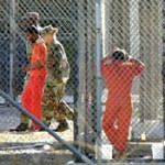 30% de los uruguayos están de acuerdo en recibir presos de Guantánamo