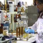 Gobierno promueve desarrollo de la industria farmacéutica