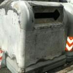 Intendencia de Montevideo denunció que quemaron dos contenedores nuevos en el Centro y Cordón