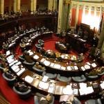 Senadores del Frente Amplio deciden aplazar hasta después de elecciones aprobación de Ley de Medios