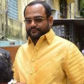 Camisa de oro 18 k. lucida por empresario en India lo hace famoso en las redes