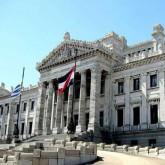 Montevideo recibe simposio de Estatuto de Roma que encara acción efectiva para genocidio, crímenes de guerra y de lesa humanidad