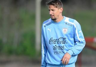 Abel Hernández y Gastón Ramírez cambian de equipo en Europa