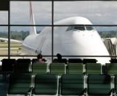 Pelea al reclinar asiento en un avión termina siendo trending-topic en EE.UU.