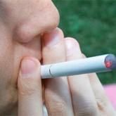 Cardiólogos de EE.UU: cigarrillo electrónico crea generación propia de fumadores