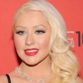 "Christina Aguilera revela en Twitter que su hija se llamará ""Lluvia de verano"""