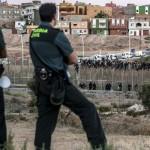 """""""Princesa"""" conmueve al mundo: con menos de un año llega sola en bote a España"""