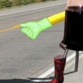 """Un robot canadiense viaja 6.000 kms. """"haciendo dedo"""" y todos quieren llevarlo"""
