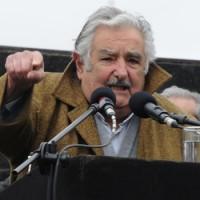 Mujica dijo que el país necesita unidad nacional y que hay adversarios políticos, pero no enemigos