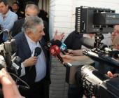"""Mujica asegura que no le preocupan las encuestas. """"Si hubiera sido por las encuestas, marchaba al espiedo"""""""