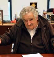 """Mujica aseguró que no aceptaría el Premio Nobel de la Paz porque el mundo """"es un relajo"""""""
