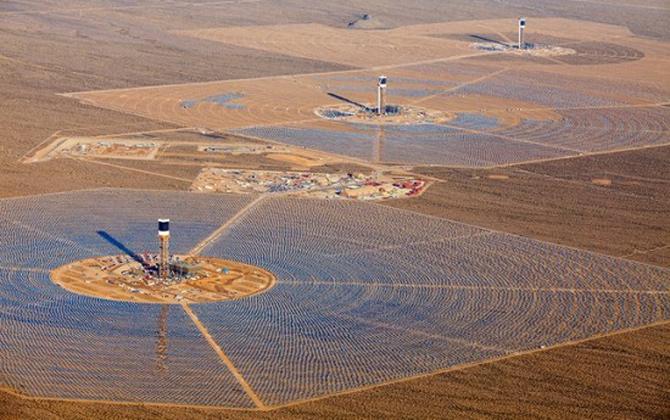 Planta Solar M 225 S Grande Del Mundo Incinera 28 000 Aves En