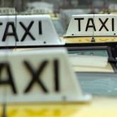 Trabajadores del taxi advierten que darán batalla ante amenaza de miles de seguros de paro y por salarios