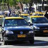 Trabajadores del taxi rechazan que aumentos salariales pongan en peligro viabilidad económica de empresarios