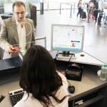 Aeropuertos de EEUU disponen sistema de chequeo de pasaportes electrónicos