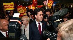 Líderes británicos multiplican promesas para que Escocia no se independice