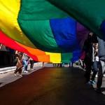 """Marcha por el orgullo gay con la consigna: """"Ni un voto a la discriminación, los derechos no se bajan"""""""