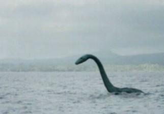 Nuevas fotos del monstruo de Loch Ness lo muestran no en Escocia sino en Inglaterra