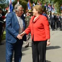 Mujica y Bachelet acuerdan intercambiar información para esclarecer violaciones a Derechos Humanos en dictadura