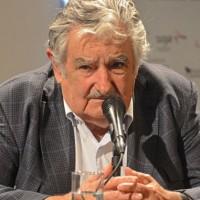 Mujica aseguró que para 2015 Uruguay podrá aplicar una rebaja del 20% en las tarifas de energía