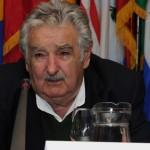 """Mujica destaca que Uruguay es un país """"derecho"""" que evita el ingreso de """"dinero sucio"""""""