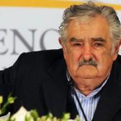 Mujica pide a las empresas públicas suspender gasto en publicidad institucional