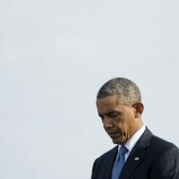 """Obama reconoce """"contradicción"""" de su lucha contra el Estado Islámico en Siria"""