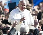 """Acojan a todos, sin discriminación"": Papa Francisco conmina a sus cardenales a no discriminar"