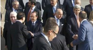 """Occidente da apoyo a EE.UU. contra EI, pero Irán advierte que la coalición es """"inservible"""""""