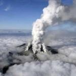 Volcán del Monte Ontake entra en erupción inesperadamente y deja 36 muertos
