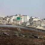 Israel: Gobierno prohíbe a palestinos viajar en transporte público en Cisjordania