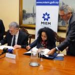 Uruguay y EEUU firman memorándum para promover el crecimiento de las MIPYMES