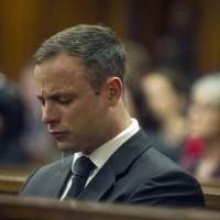 Pistorius condenado a 5 años de cárcel por matar a su novia