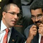 """Venezuela activa """"guerra económica"""" contra especuladores en los precios navideños"""