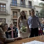 Funcionarios registrales de paro realizan casamientos en Plaza Independencia
