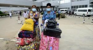 Ébola: EE.UU. limita a cinco aeropuertos arribos africanos y Dominicana niega visa a quienes visitaron países afectados