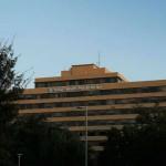 """Servicio de Salud de EE.UU. ante fuertes críticas por """"dejar ir para la casa"""" al paciente con ébola en Texas"""