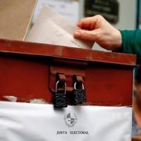 Será considerado como válido el voto que contenga papeletas falsas por el plebiscito