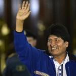 """Evo Morales reelecto, dedica su triunfo a Fidel Castro, Hugo Chávez, y """"a los gobiernos antiimperialistas del mundo"""""""