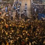 Apaleamiento policial de manifestante deviene viral y recrudecen las protestas