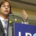 Lacalle Pou pide a empresarios argentinos confiar en un país de certezas